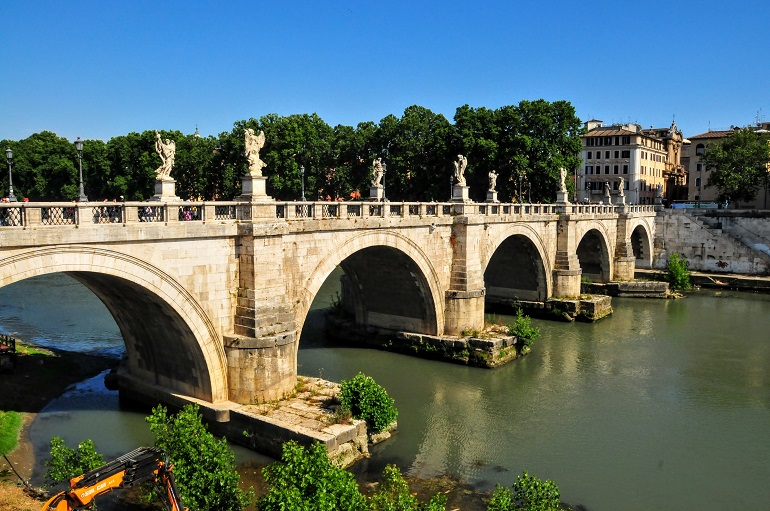 Rome in a day and a half - Ponte Sant'Angelo