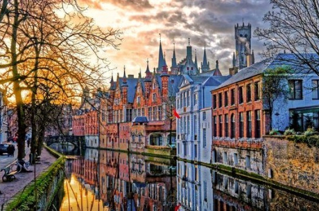 Exploring Beautiful Bruges, Belgium In One Day